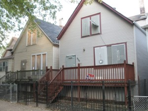 image of two foreclosed homes | real estate recession